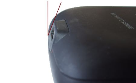 Side view of Micro USB Socket on HTC Desire, showing the angle between the surface of the socket and the vertical axis